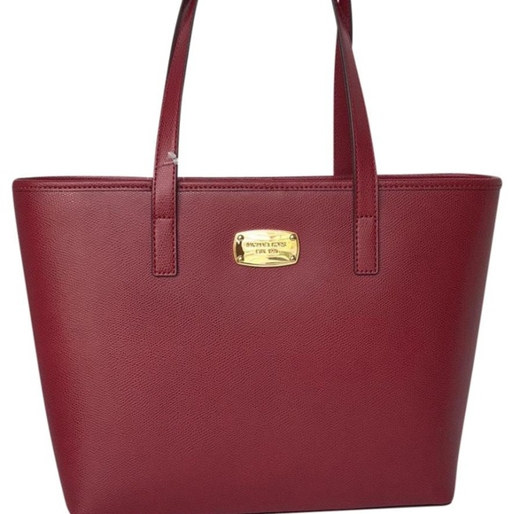 ba2739acd2cd Michael Kors Bags | Jet Set Small Travel Cherry Tote | Poshmark